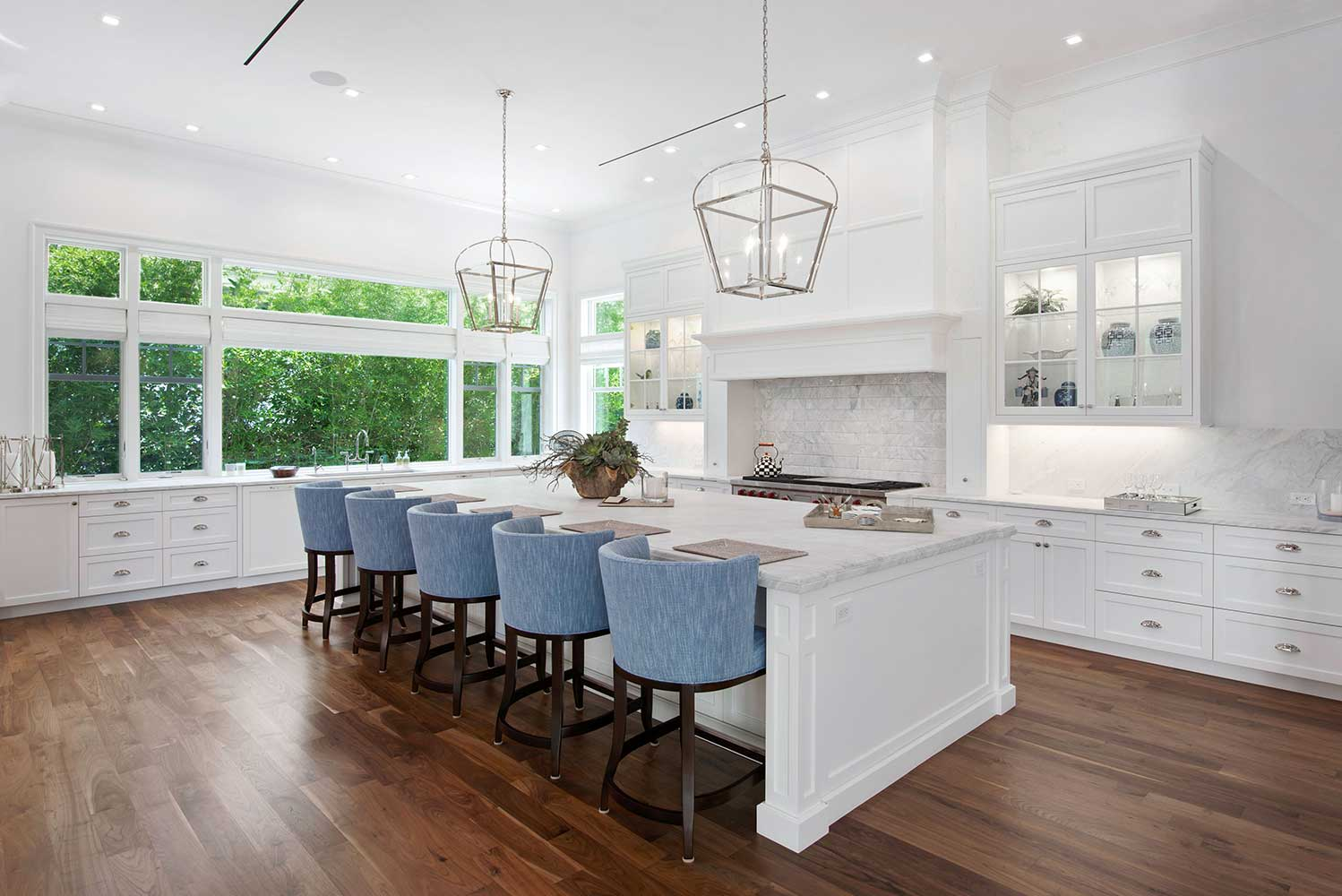New modern home design in Naples FL kitchen photo